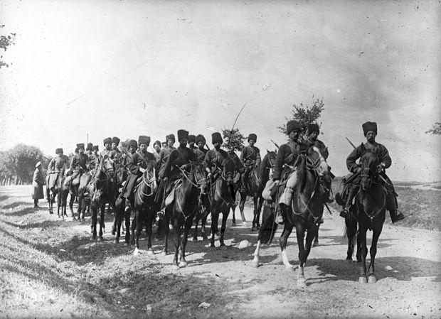 commons.wikimedia.org.cossacos russos durante a 1 guerra 1915