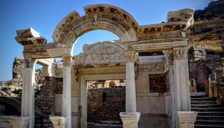 templo-de-adriano